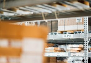 Traceability in logistics guarantees security in the supply chain.